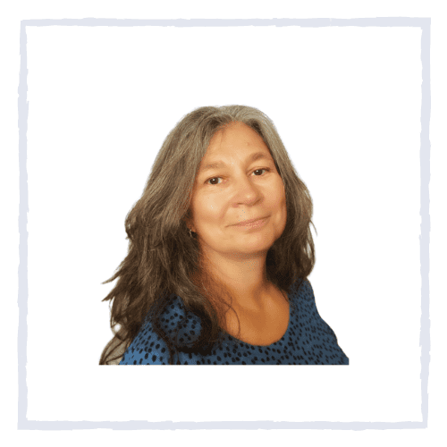 Nikki Hawkes is an experienced medical herbalist, offering consultations in person in Rutland UK, as well as online.